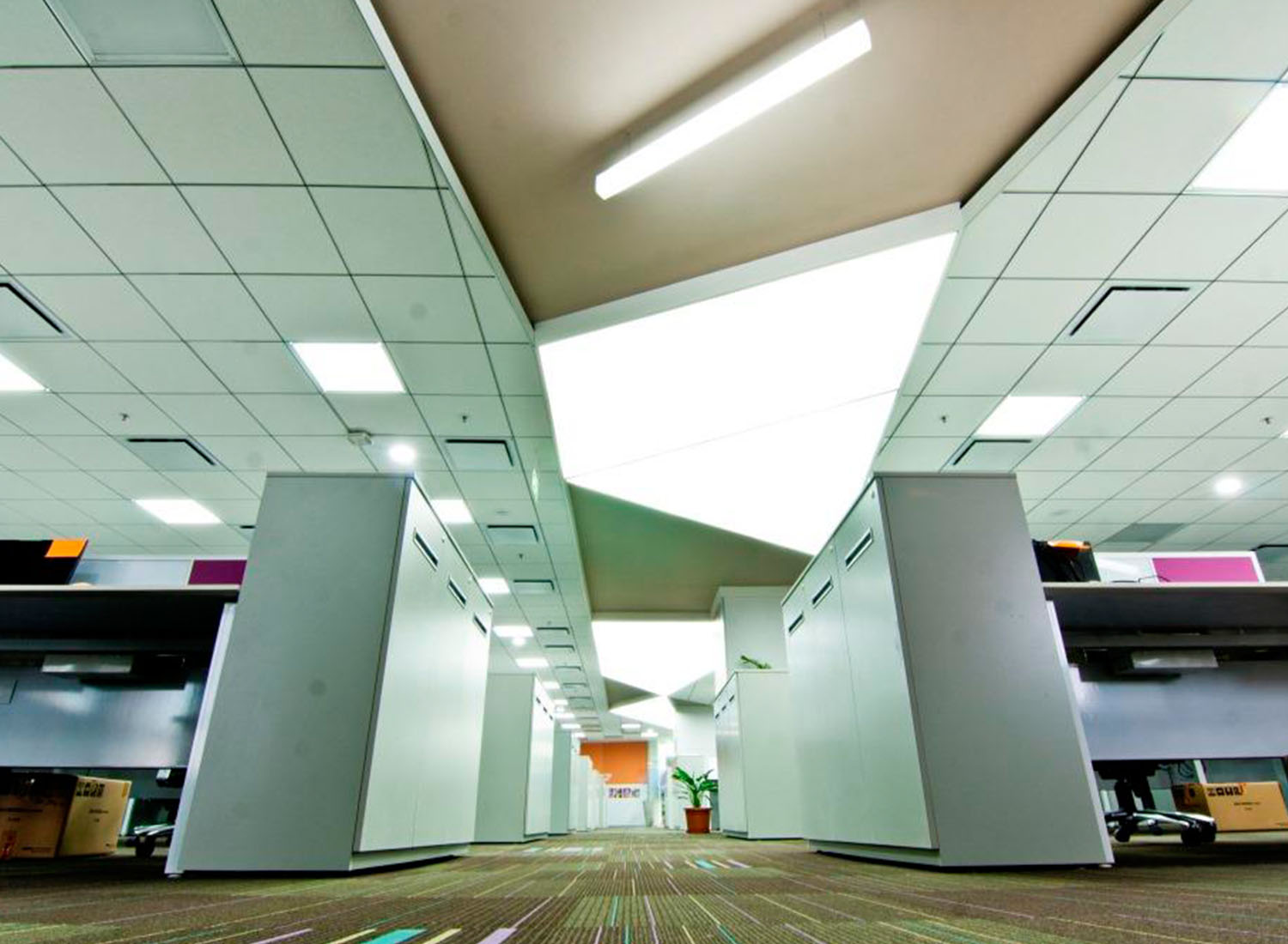 Hindustan - Stretch Ceiling Translucent with Backlighting in Corporate